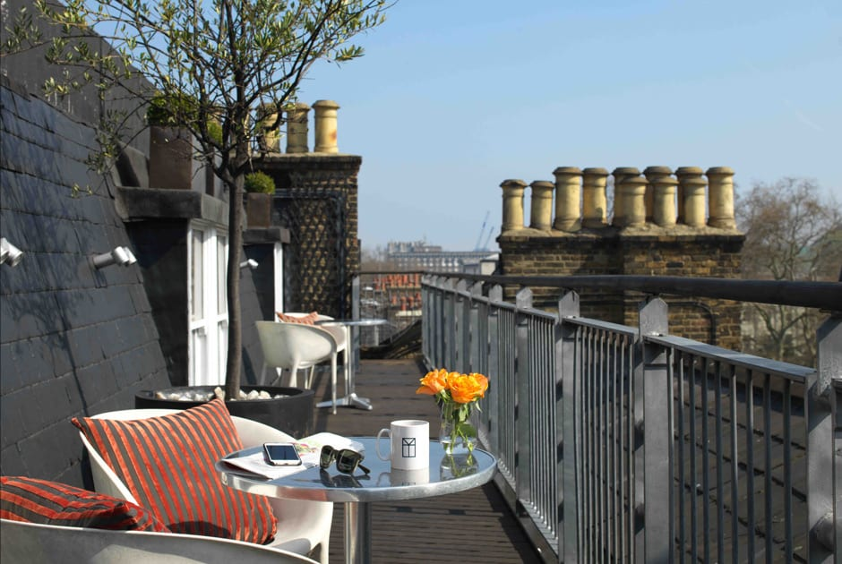 Luxury rooftop terrace hotel rooms in london city my for Bloomsbury hotel terrace